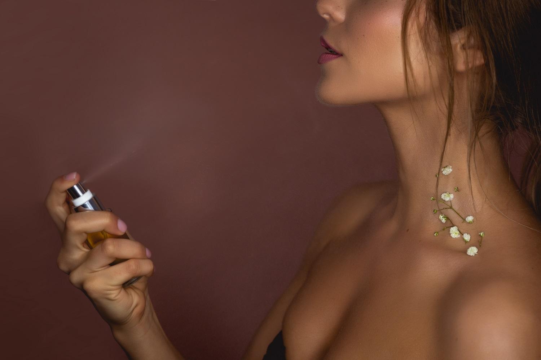 parfem-glamorous-vegan-vune-prirodni-kosmetika-pinkypinky